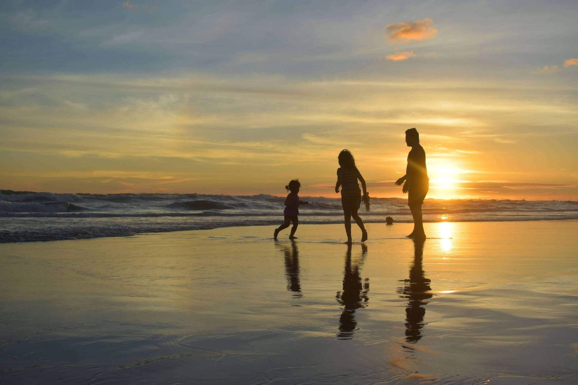 7 Things Every Family Should Know About Moonlight State Beach in San Diego